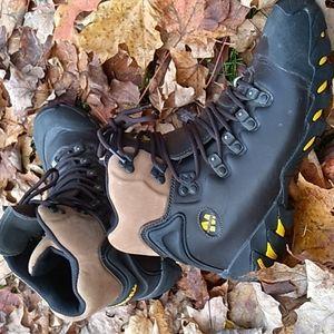 Merrell superlight hicking boots